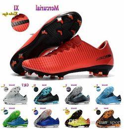 tacos de fútbol superflys Rebajas Botas de fútbol de tobillo bajo para hombre 2018 CR7 Mercurial XI FG Calzado de fútbol para interiores Zapatillas de calzado de fútbol Superfly V