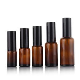 bomba de botella de ámbar Rebajas Botellas de vidrio ámbar spray 10 ml 15 ml 20 ml 30 ml 50 ml botellas con bomba Loción envase vacío cosmético recargable Paquete EEA1020