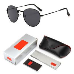 Gafas de diseñador rojas online-Retro gafas de sol redondas Diseñador de marca Hombres Mujeres Vintage Círculo negro rojo rosado Lente Hippie Gafas de sol Sombras 3447 con logotipo y caja