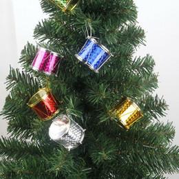 2019 декоративные занавески из бисера 6-12 шт. / Пакет С Рождеством мини Лазерная маленькая барабанная подвеска Рождественская елка украшения Рождественские товары для вечеринок