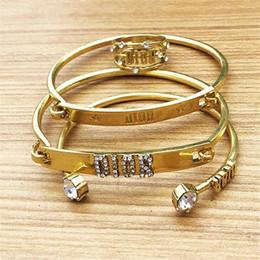 estrela de mar de couro Desconto Presentes de aniversário para fêmeas clássicos Anéis Pulseira 3 Estilo Mulheres Diamante Bangles Viajando Personalidade Trendy Lady Bracelet Jóias