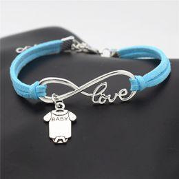 großhandel baby armbänder Rabatt Antike silberne Unendlichkeits-Liebes-nette Baby-Kurzschluss-Hülsen-Kleidung T-Shirt Spielanzug-Armband-Armband-Art- und Weiseblaues Leder