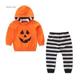 Niños pequeños sudaderas online-Baby Boy Sweatshirt Suit Toddler Baby Halloween Theme Clothing Niños Pumpkin Devil Striped Hooded Kids Fall Casual Outfits Clothing Set 06
