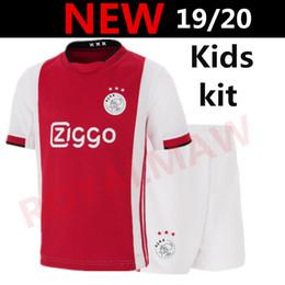 Красный майка молодежный футбол онлайн-Ajax Kids Soccer Jersey Kit 19/20 Домашняя красная детская футбольная форма АФК Одежда 2019 2020 года Мальчик юноша # 7 NERES # 10 TADIC # 22 ZIYECH Рубашки шорты