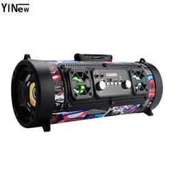 Barra de mic online-Altavoz portátil de alta fidelidad Bluetooth Radio FM Mover KTV Unidad de sonido 3d Surround inalámbrico Tv Barra de sonido Subwoofer 15w Altavoz exterior + micrófono C19041601