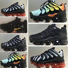 Nike 2018 TN Air Vapormax Plus Yastık VPM TN Artı Koşu Ayakkabıları ABD'de Saf Platin Üzüm kırmızı Gökkuşağı Gümüş Beyaz Üçlü Siyah Mens Womens Spor çocuklar tasarımcı sneakers nereden penny hardaway ayakkabıları boyutu 13 tedarikçiler