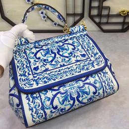 2019 porzellanhaut neue Farbhandtasche, blaue blaue und weiße Porzellanblume, einzelner Schulter-Skew-Hautarzt, Frauentasche. rabatt porzellanhaut
