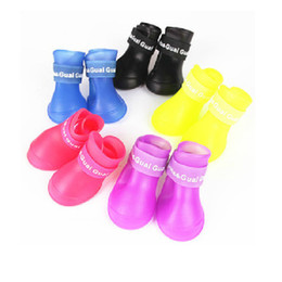 Hund stiefel online-4PCS Set Pet Rain Shoes Outdoor Non-slip Durable Rain Boots Small Dog Large Dog Waterproof Protective Pet Rain Boot 8 Colors M DBC DH0982-1