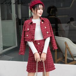 abrigo con falda de doble botonadura Rebajas 2018 Conjunto de traje de tweed de invierno mujer chaqueta cruzada corta de doble botonadura y falda de bodycon traje de lana 2 piezas conjunto a cuadros rojo