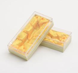 scatola di imballaggio del regalo del broccato Sconti Confezione regalo porta sigarette intagliata porta sigarette in corno di bue confezione scatola broccato