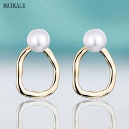 ovale perla di perle Sconti MAIKALE Orecchini classici con perla 12mm imitazione-perla oro argento colore orecchino torsione orecchino in metallo per le donne regalo