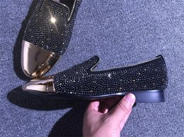 2019 homens loafer sapatos elegantes Mocassins Mens Vestido Sapatos de Moda de Luxo Plana Tamanho Grande 39-46 Top Quality Slip-on Estilo Britânico Sapatos de Festa de Casamento Para Homens À Moda Online homens loafer sapatos elegantes barato