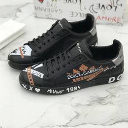 Luxus Designer Schuhe PortoFino Print Patent Kalbsleder Herren Sneakers Hand gezeichnet Doodle Leder flache Spitzen up beiläufige Schuhe der Männer