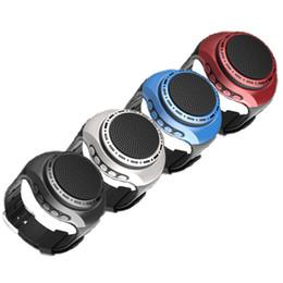 Áudio legal on-line-Correndo LED Cool Mini Relógio inteligente Baixo Bluetooth Speaker com luzes esporte Sem Fio Para Music Player FM de Rádio de Áudio Portátil altifalante