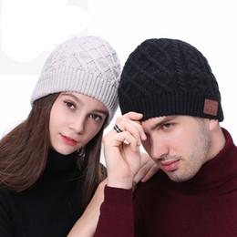 chapéus de inverno chapéus Desconto Cap Wireless Headset Bluetooth Gorros Chapéu criativa Smart Sport Winter Music Quente Com Mic Speaker Knit Hat TTA1388-14