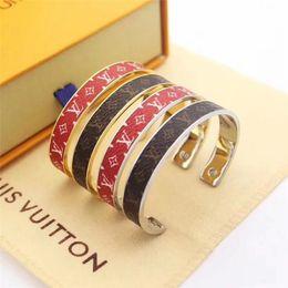 2019 joalharia de braço de prata New mulheres de Luxos DesignerPulseira Letter s forma da mulher e Homens Bracelet rígido E1Louisvuittons presente da jóia