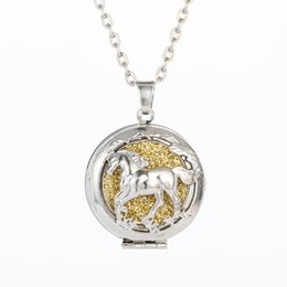Ароматические ожерелья онлайн-Aroma Diffuser Necklace Open Antique Vintage Lockets Pendant Perfume Essential Oil  Locket Necklace with 1 Pads A4