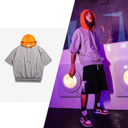 Мужская толстовка с коротким рукавом онлайн-Mens Fashion Casual Contrast Color Pullover Short Sleeve Hoodie Summer Loose O-Neck Patchwork Thin Male Clothes