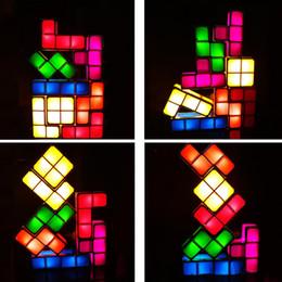 lampada a blocchi Sconti Novità Giocattoli fai-da-te Block impilabile LED Desk Lamp Light Retro gioco Tower Blocks Night Light Bambini Building Block Puzzle Lampada DH0813 T03