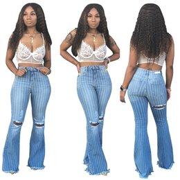 2019 botão de calças de cintura alta Mulheres designer plus size jeans denim sexy club cintura alta listrado buraco leggings calças rasgadas calças queimadas botão outono roupas de inverno 1405 botão de calças de cintura alta barato