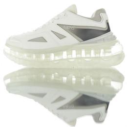 leather lined running shoes Rabatt Designer White of Triple S führt Linie von erhöhten Sneakers-Schuhen ein 53045 Chunky Running Style Triple-S Herren Damen Leder Freizeitschuhe