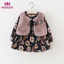 2019 vestido floral de pele falsa MUQGEW Bebê Recém-nascido Da Menina Do Bebê Floral Faux Fur Vest + Vestido de Princesa Set Outftis Quente menina vestidos vestidos infantil # sg desconto vestido floral de pele falsa