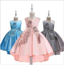 4da757fffdbe42 2019 hochzeitskleid prinzessin schwanz Luxus Pailletten Quasten Blume Ball  Brautkleider Kleid Kinder Sleeveless Swallow Tail Formale