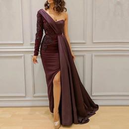 2019 myriam fares viste un hombro Myriam Fares árabe Split Side vestidos de baile 2019 Lace One Shoulder A Line Vestidos de noche de moda burdeosBC1054 myriam fares viste un hombro baratos