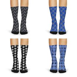 Calcetines de lana gris online-Mujeres calcetines deportivos de lana largo de la vendimia Memphis Tigers Baloncesto negro gris azul bandera de EE.UU. rojo de lujo del logotipo Marrón Gris