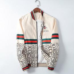 2019 chaqueta larga de invierno unisex 2020 Hombres de diseno chaqueta con capucha Marca rompevientos chaqueta para mujeres de los hombres de la cremallera Marca Logo Escudo chaqueta delgada