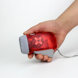 Linternas de luz azul online-Presión de la mano caliente 3 LED linterna transparente protable rojo azul amarillo exterior senderismo camping antorchas luz envío gratis