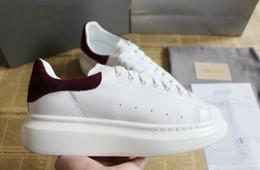 2019 laços brancos Alexander McQueen air max supreme off white vapormax nike nmd vanscasuais dos homens das mulheres calçados esportivos estabilidade durável A02 desconto laços brancos
