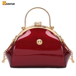 Damen Clutch Tasche in BlauSchwarzRot