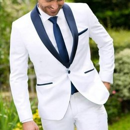 2019 pantaloni di vestito dal cielo blu degli uomini One Button Bianco Best Man Wedding Groom Mens Smoking abiti blu scuro scialle bavero Custom Made Business Slim Fit Mans Suit (giacca + pantaloni)