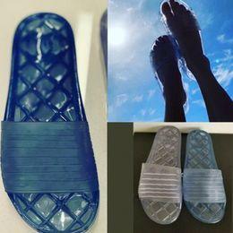 docce piscina Sconti scivoli di design da donna Sandali trasparenti da 19p in PVC lucido da piscina scivoli muli piatti Pantofole da doccia scarpe G3466 52966