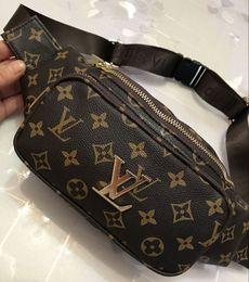 paquetes de teléfono celular en el pecho Rebajas 2019 Nuevos Nylon Men Cross Body Chest Bags Paquetes de cintura multifuncionales Bolsas de cintura de mensajero a rayas Bolsas de riñón para teléfono celular para mujer