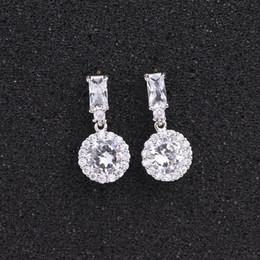 Orecchini a zircone cubici rotondi classici per donna Sposa Orecchini in argento con cristalli scintillanti di moda Orecchini a goccia Gioielli da sposa da