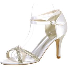 Seide hochzeit sandalen online-Sommer neue römische Schuhe aus Seide und Satin überqueren taunasse Zehe Absatzsandalen Brautjungfer Hochzeit Foto Arbeitsschuhe Modelle