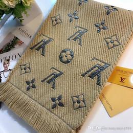 marca de moda outono designers de senhora e inverno confortável calor moda casual versátil lenço de alta qualidade 35 * 180 cores disponíveis de Fornecedores de coreano, meninas, tricotar, suéter