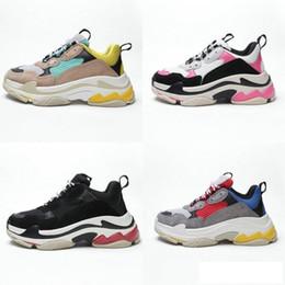2019 Multi Lujo Triple S Diseñador Low New Zapatillas de deporte de la llegada de la zapatilla de deporte de la combinación de las botas de los hombres para mujer Zapatillas de deporte de calidad superior Calzado casual desde fabricantes