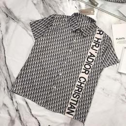 Frühlingspoloshirt Freizeitkleidung Retro-Poloshirts für Herren fühlen sich zart an Logo-Stickereien perfekte Details schweißabsorbierende atmungsaktive T-Shirts von Fabrikanten