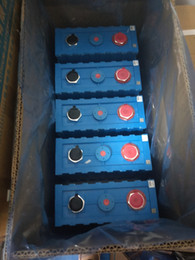 2019 3.7v chargeur lipo 4 pcs Livraison Gratuite CALB 3.2 V SE200 200Ah Marque Nouveau Un Grade LiFePO4 Batteries cellulaire x 4 W. bus batteries