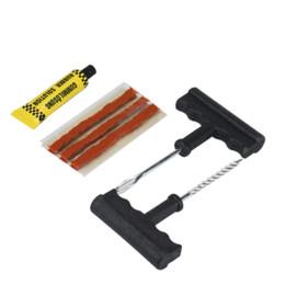 Canada Outils de réparation de pneus de voiture Tubeless Tire Crevaison Réparation Plug Plug Kit Aiguille Patch Fix Outils Ciment Ensemble Utile cheap patch repair Offre