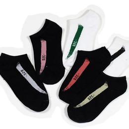 hockey meias de nylon Desconto Homens Mulheres Tornozelo Meias Letra Meias Moda Lazer Esporte Meia