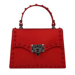 mehrfarbige leder patchwork handtasche Rabatt 2019 New Umhängetaschen für Frauen Matte Leder Luxus-Handtasche Berühmte Designer Marke Rivet weibliche Umhängetasche Damen Sac A Haupt