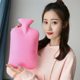 2019 relleno caliente Nueva bolsa de llenado de agua a prueba de explosiones de PVC de alta densidad Bolsa de agua caliente Bolsas calientes Cintura cálida bolso de mano T8I017 rebajas relleno caliente