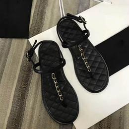 3296dd0e8 China 2019 mulheres designer de sapatos de verão sandálias de couro Nua  macio da marinha de