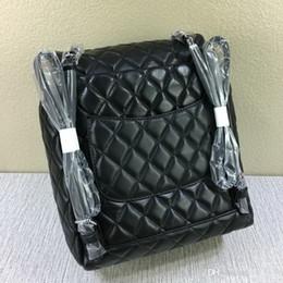 Designer-Fashion Women Zaino in pelle di agnello Designer Letter Diamond Lattice School bags hanno Chains School Bags wallet cheap school wallets da portafogli scolastici fornitori