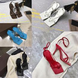 chanclas de fiesta Rebajas Lujo de las mujeres de la sandalia del fracaso de tirón diseñador sueño del estiramiento napa de moda las sandalias de damas zapatillas banquete de boda de la mujer zapatos de tacón alto