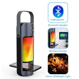 alto-falantes de música angels Desconto Chama portátil LED Night Light com carregador sem fio Bluetooth Speaker Suporte Baixo T WS orador PlugPlay SD / USB